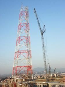 目前国内最高四面火炬塔—福炼一体化工程 ----150米火炬装置
